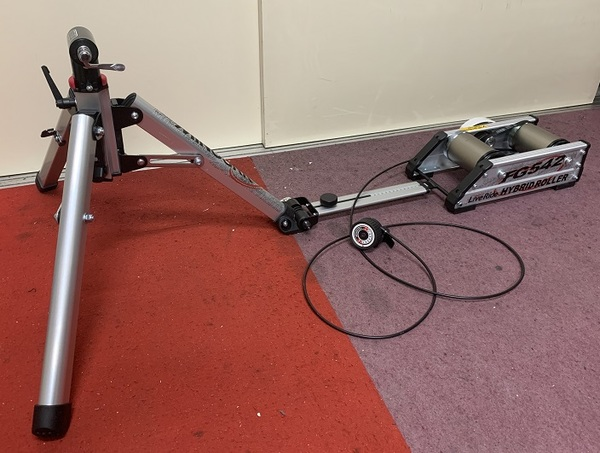 MINOURA Hybrid Roller FG542 Cycle Trainer Start Set Campaign